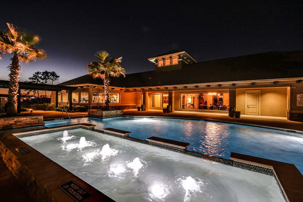 the-oaks-at-northpointe-community-pool-d