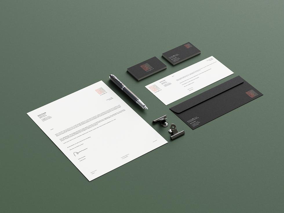 Us_Business_Card_Mockup_KAMERRAAD_5.2.pn