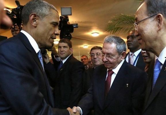 obama_castro1.jpg