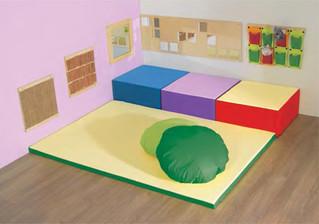 Baby Space ®  Asili Franchising, Asili Aziendali, Family Friendly, Hotels: arredi morbidi