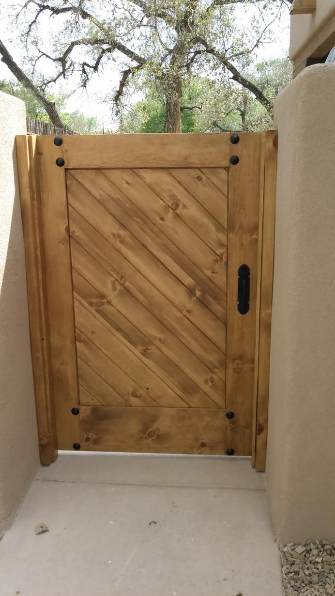 doors-gate1.jpg