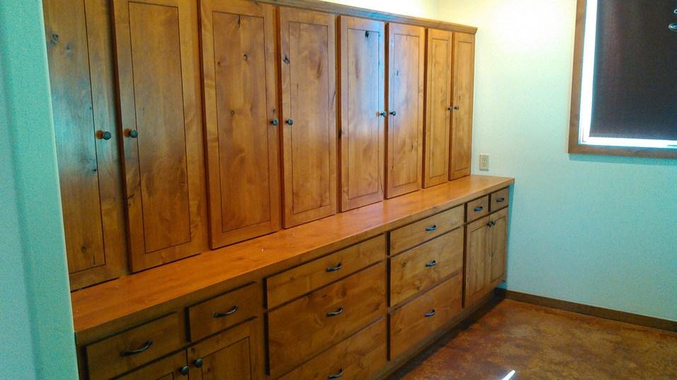 custom cabinets10.jpg