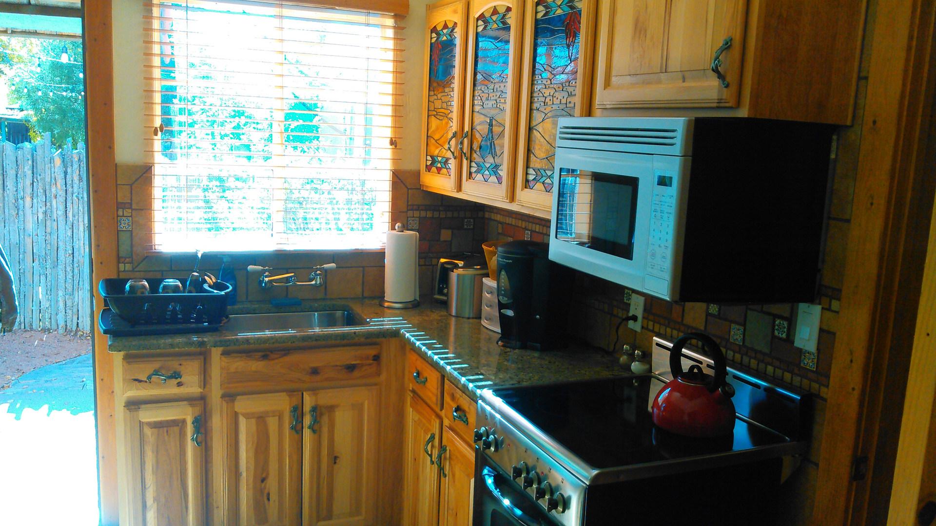 kitchen cabinets3.jpg