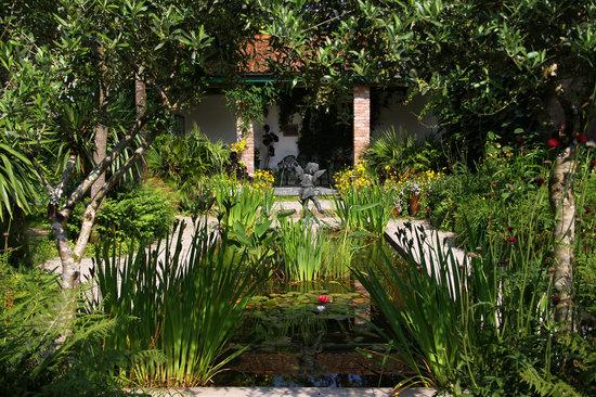 The Italian Garden - Lost Gardens of Hel
