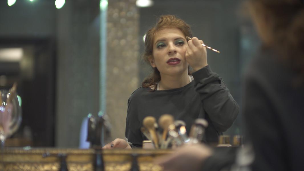 MakeupStill5