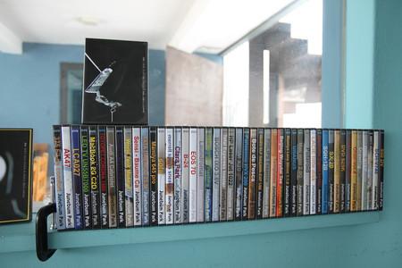 """title: drawing  - date: 2010, single channel HD, 03'06"""", NTSC, SOUND, COLOR  - content: single channel HD, 03'06"""", NTSC, SOUND, COLOR, 2010"""