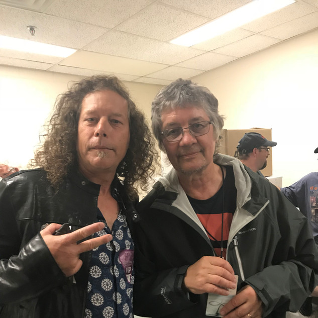 Tommy backstage with Don Airey (Deep Purple)