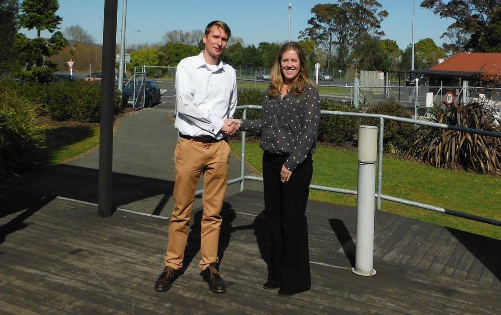 Ben Wolf and Suzanne Naylor sponsorship agreement handshake August 2014.jpg 2015