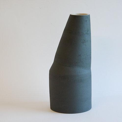 Grand vase asymétrique noir