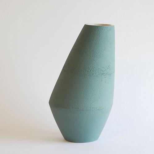 Vase asymétrique vert clair