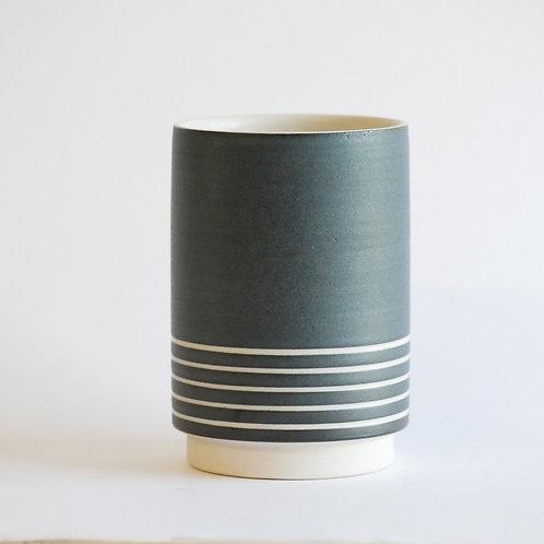 Tasse haute rayée 250 ml noir mat