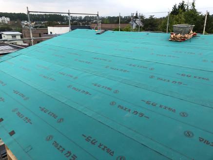 屋根防水紙施工 アスファルトルーフィング.jpg