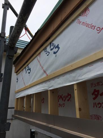下がり屋根施工.JPG