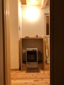 FF式ストーブ1台で全館暖房