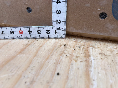 床かち部へり空き寸法確認.jpg