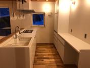 シンプルで高機能なキッチン