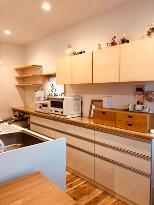 対面キッチン収納