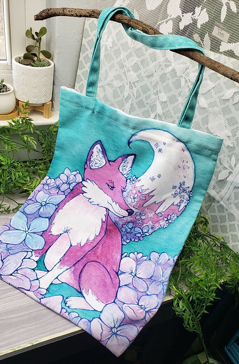 Hydrangea Fox Zippered Large Tote Bag