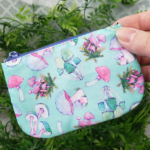 Bright Mushroom Pattern Coin Purse