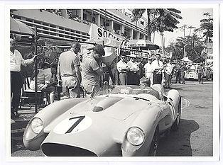 440px-Auto_race,_Leopoldville,_1958_(29389291161).jpg
