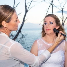 Finishing touch for my sweetest bride Melinda