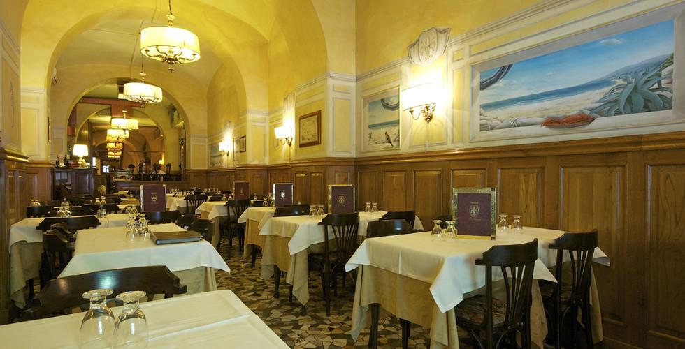 interno ristorante da cesare.jpg