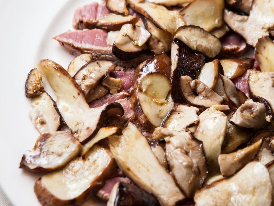 tagliata chianina funghi porcini freschi