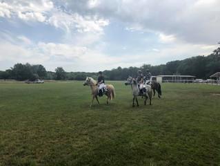 Course de poney et démonstration de tir à l'arc à l'hyppodrome de Rambouillet