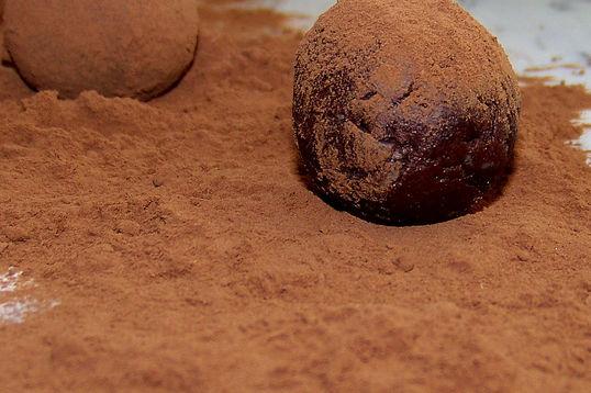 Trufle czekoladowe z brandy w kakao