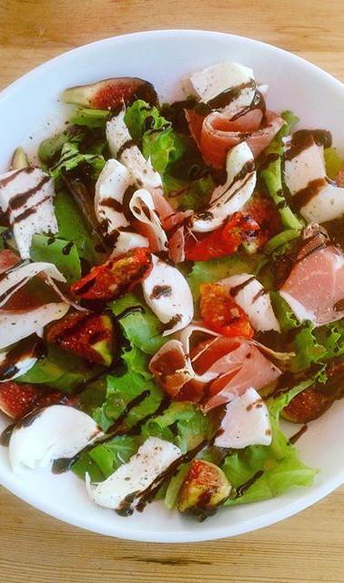 La salade de la nouvelle saison, figues