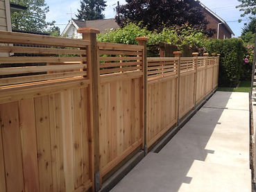 Cedar-fence-panel-venetian-big-red-cedar