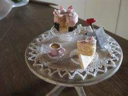 tavolino con rosa