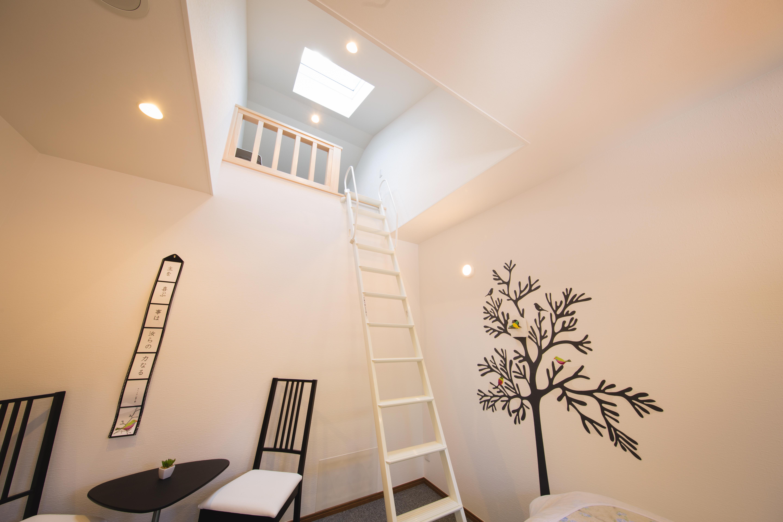 2階 ヤマユリ