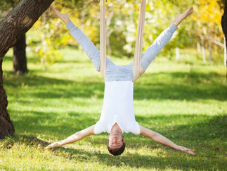 10 Health Benefits of Aerial Yoga
