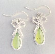 Prehnite-w-twisty-bows-earrings-web.jpg
