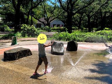 水遊びだ〜♪