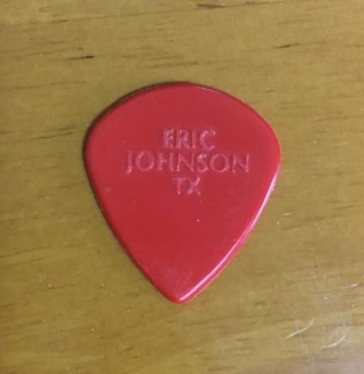 Eric Johnson使用ピック