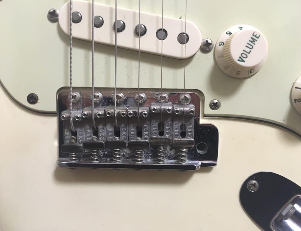ギター、ブリッジ