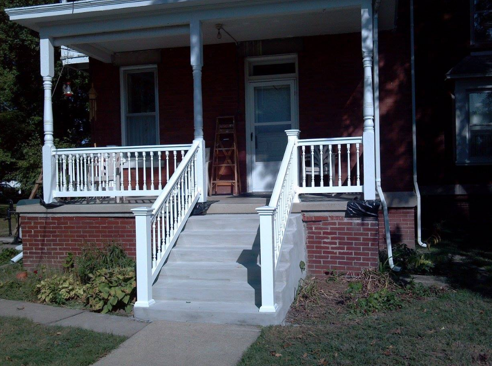 lash co front porch 3