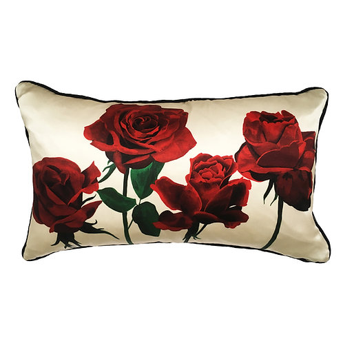 Roses Romantiques dans Blanc de Crème Cushion
