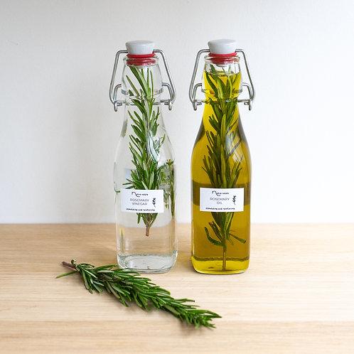 Set of rosemary oil and vinegar