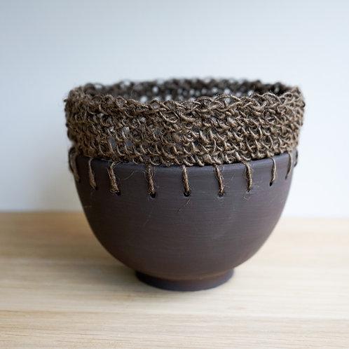 Ceramic bowl with crochet rim