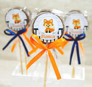 Pirulito-comprido---raposa-laranja-e-azu