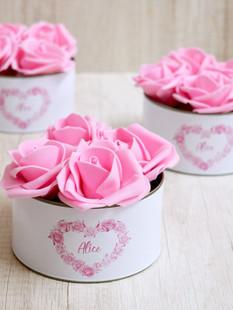 Lata Larga + 4 Flores Rosas