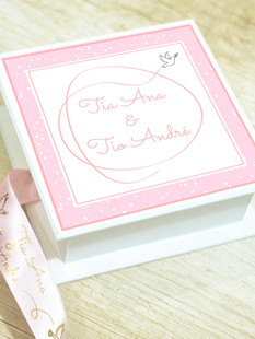 Tampa da Caixa Mini-Elegance Quadrada + Laço Personalizado