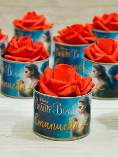 Latinha + Flor Vermelha
