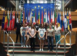 Auf den Straßen von Straßburg  Gesamtschüler reisten für drei Tage nach Straßburg - Sprachkenntnisse