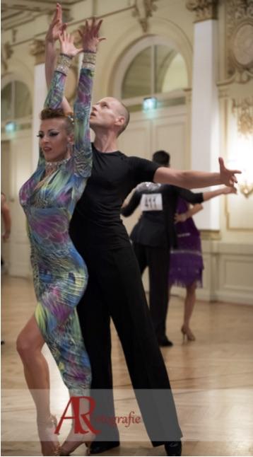 Trainerpaar beim Tanzturnier