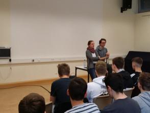 Theater live vor Ort - das Junge Staatstheater zu Gast in der Gesamtschule Gedern