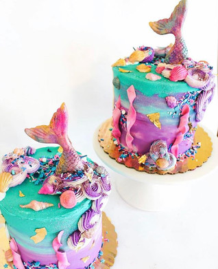 LOVE our classic mermaid cakes🍬🤩💕 che